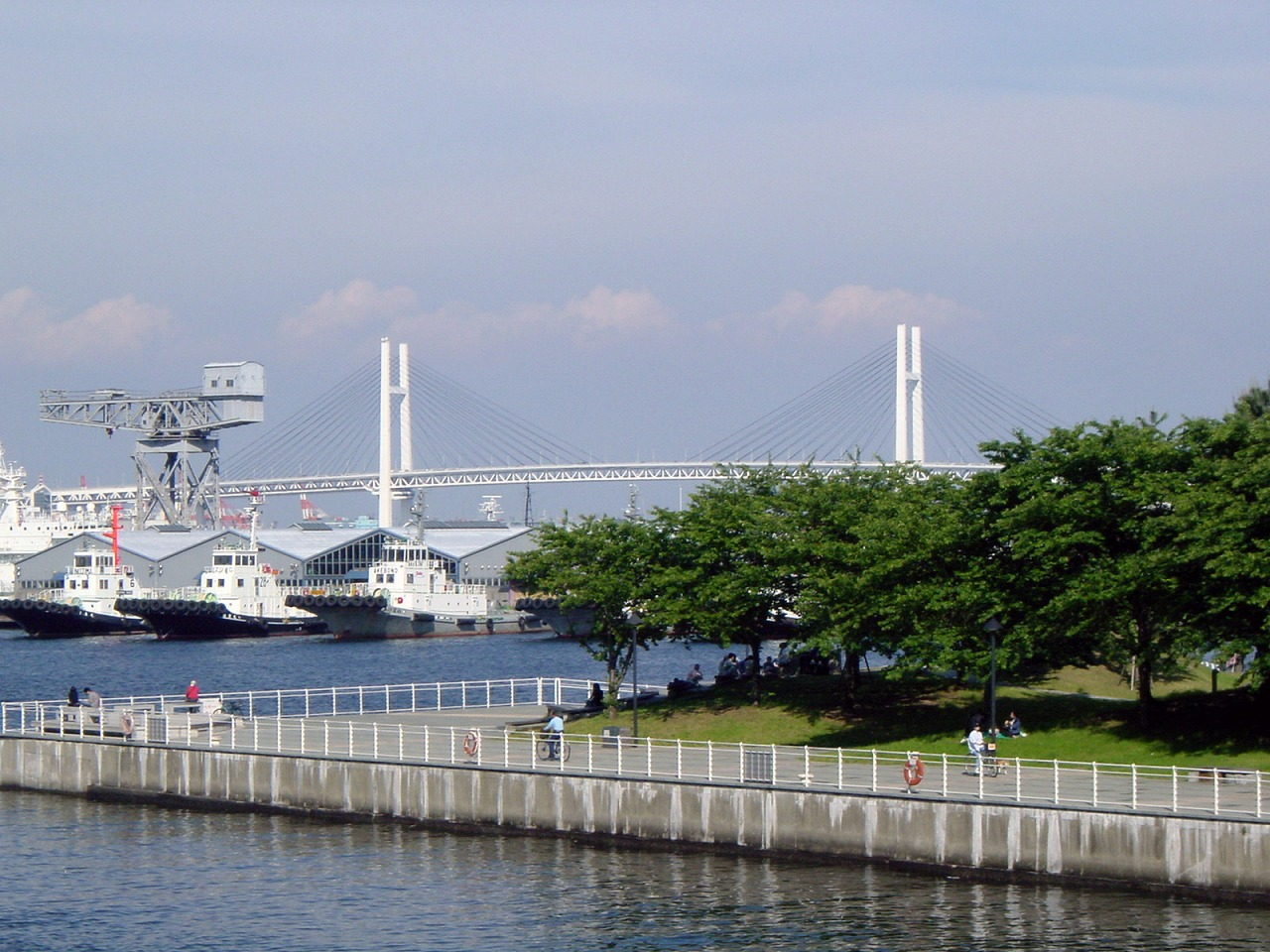 Baybridge viewed from Shinkou